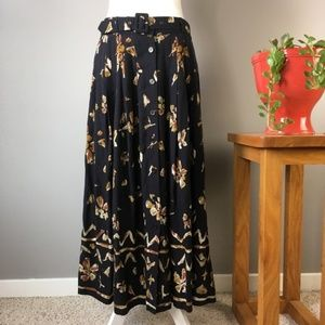 Vintage Patterned Buttoned Belted Maxi Skirt 0679